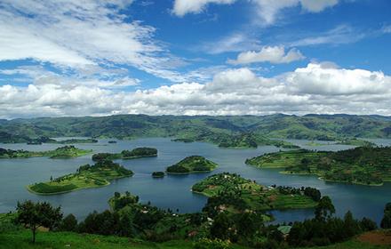 Lake Bunyonyi Island Tour